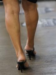 heels at event (F)