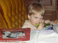 Lili és az uborka - kaj la kukumo