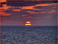 Un tramonto tropicale - (474)