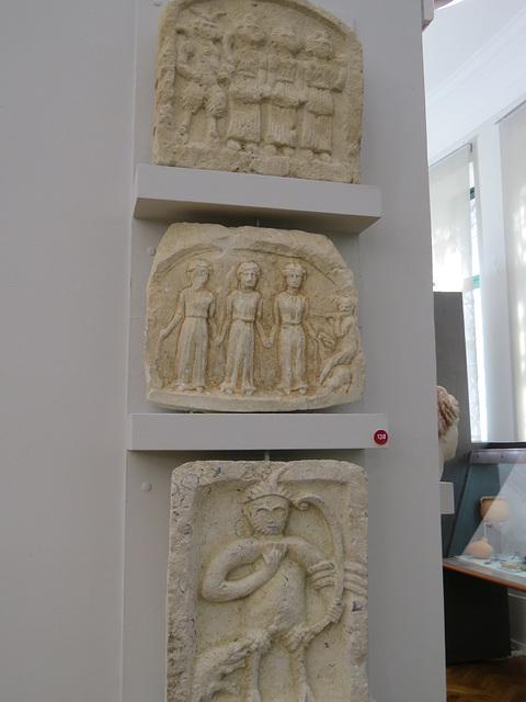Musée archéologique de Split : ex-votos à Silvanus.