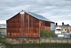 Corrugated storage