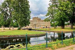Ludwigslust,  Blick über die Schlossfreiheit zum Schloss