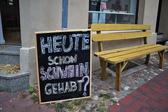 Schwein gehabt? ... Happy Bench Monday!