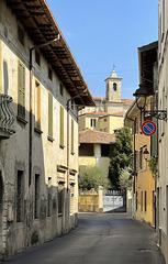 Felice San Felice! (This is not a park street!)