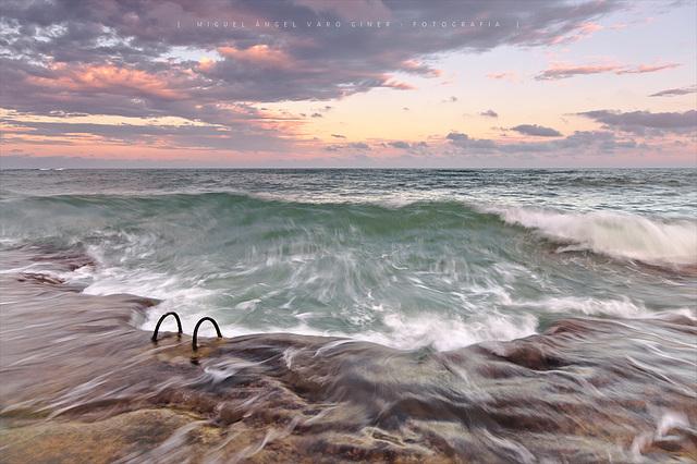 L'ona! (o massa tard per a córrer)