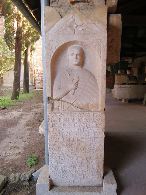 Musée archéologique de Split : AE 1961, 308.