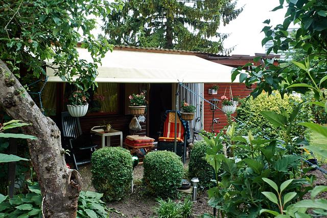 kleingartenhuette-1210285-co-21-06-15