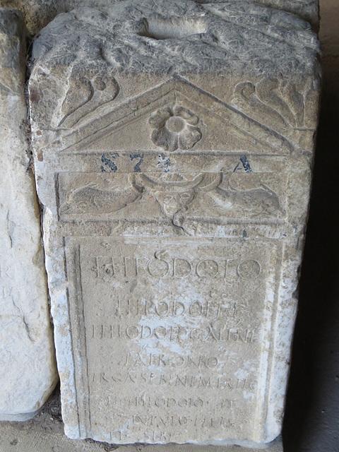 Musée archéologique de Split : CIL III, 9360.