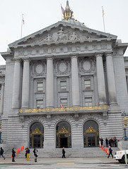 SF City Hall seasons greeting (1349)