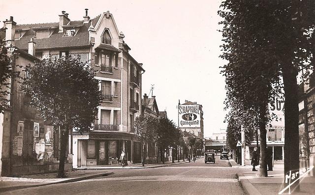 Villemomble (93) Vers 1950. (Carte postale scannée)