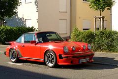 Porsche Targa von vorn