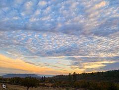 October Sunset in Southern Oregon and a Short Pause!
