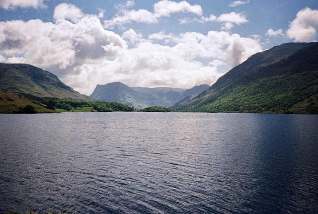 Looking towards High Stile range from low Ling Crag on Crummock Water (Scan from May 1991)