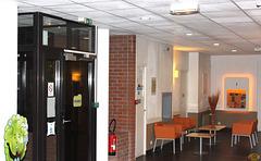 2015-07-31 008 100-a UK, nia hotelo
