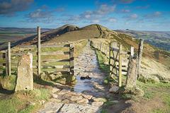 Walking the ridge .. 2 .. towards 'Lose hill' (pronounced loose)