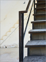 Stairs / Two and Three Dimensions (PiP)