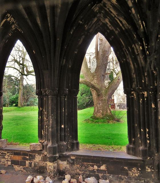 bishop's palace, norwich, norfolk