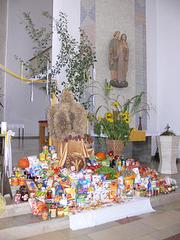 Erntedank-Altar in St. Barbara, Maxhütte-Haidhof