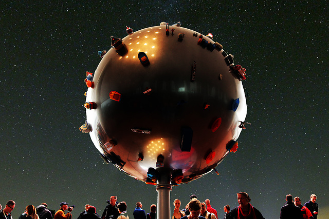 Planet on the Plaza