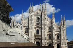 Tutt el mond a l'è paes, a semm d'accòrd, ma Milan, l'è on gran Milan