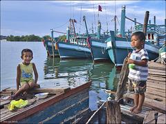 Les p'tits gars de la marine cambodgienne