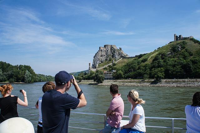 Burg Devin. Mitterlalterliche Mautstation zwischen A und SK
