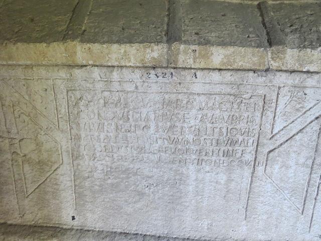 Musée archéologique de Split : CIL III, 2115, p. 1030.