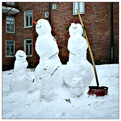 Happy snow family ...