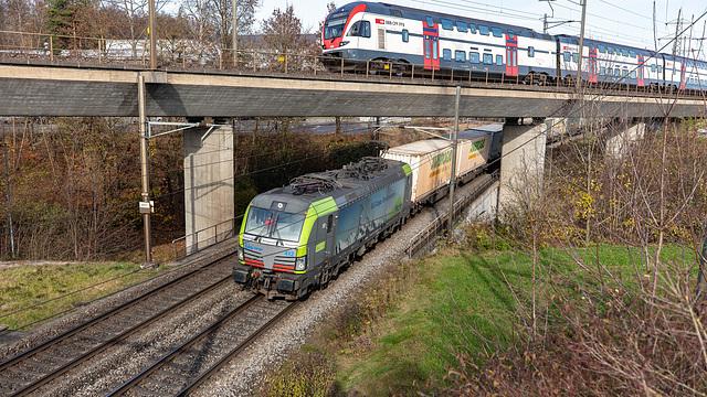 201117 Othmarsingen RABe511 Re475 BLS Vectron