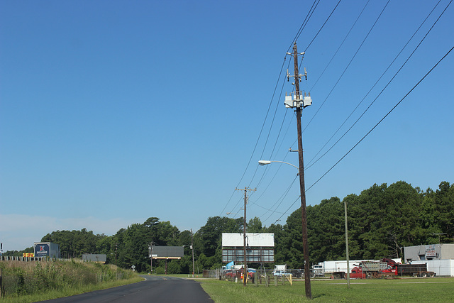 Carolina Power & Light  23kV & Municipal 13.2kV - Lumberton, NC