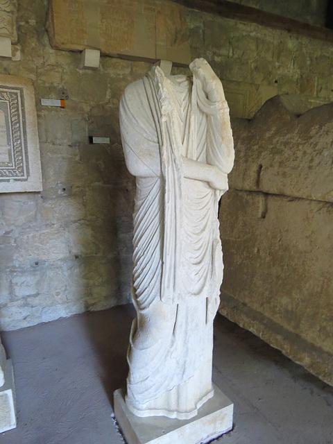 Musée archéologique de Split : statue féminine.