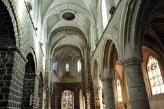 Nef de l'église Saint-Martin de Broglie