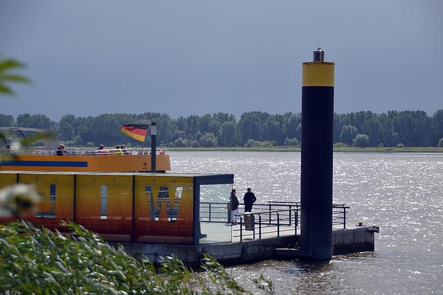 Gewitterstimmung an der Elbe