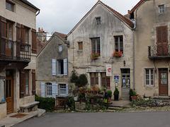 Flavigny sur Ozerain Côte d'or Bourgogne