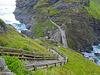 Die Treppen zu Tintagel Castle