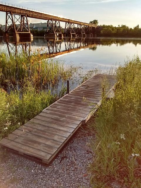 Quai et pont / Dock and bridge