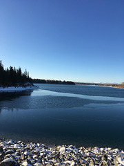Reservoir begins to ice up