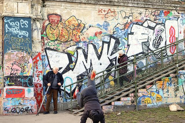 1 (24)a...austria ..am kanal..vienna..street action and graffiti