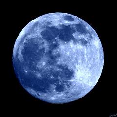 Rare ! Blue moon de Juillet 2015 ! Clin d'oeil !