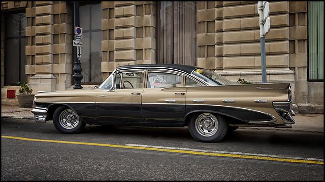 1959 Pontiac Parisienne