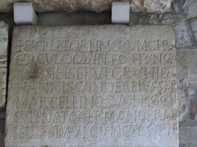 Musée archéologique de Split : CIL III, 9527, p. 2139 = IlJug. III, 2677a05