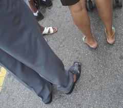 Harlem's flat sandals trio / Trio sandalien sur Harlem