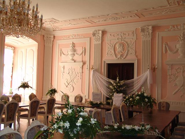 Salon różany - the pink sitting room in palace Kliczków