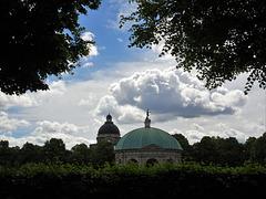 Wolkendrama, Hofgarten
