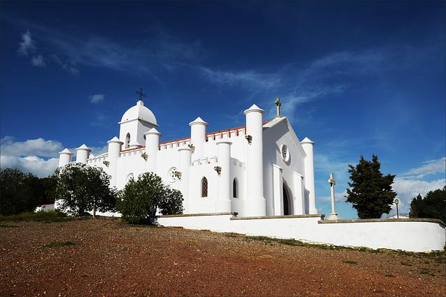 Minas de S. Domingos, Igreja