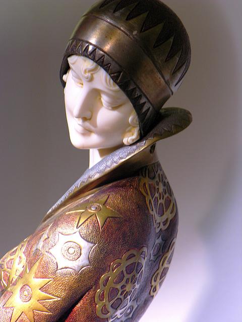 ... Louvre des Antiquaires 2 ...
