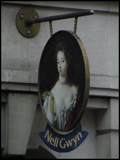 Nell Gwyn pub sign