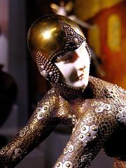 ... Louvre des Antiquaires 1 ...