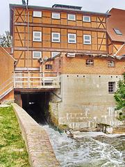 Lübz, die Wassermühle von hinten