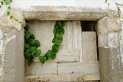 Tavira, porta condecorada